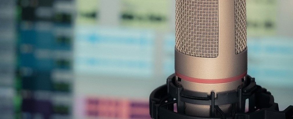 Podcast microphone and mixing board