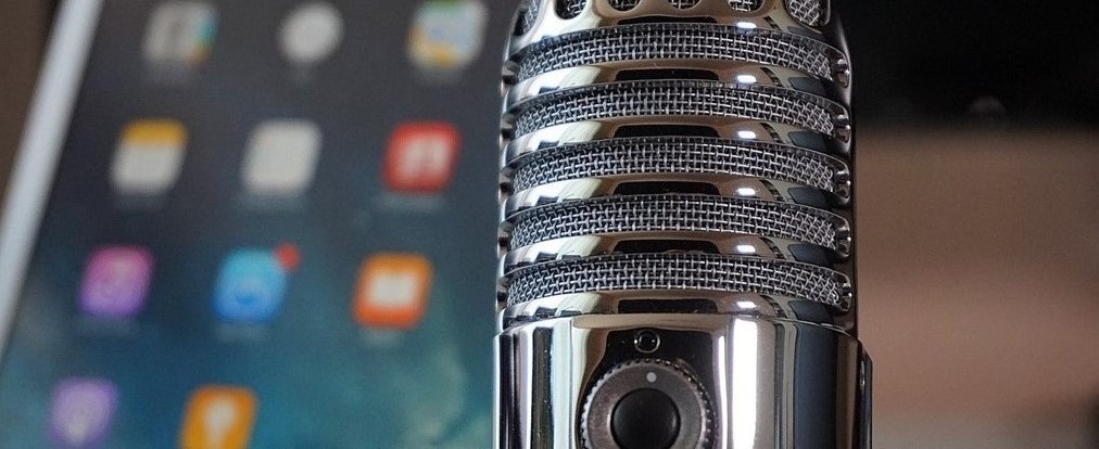 Microphone and iPhone